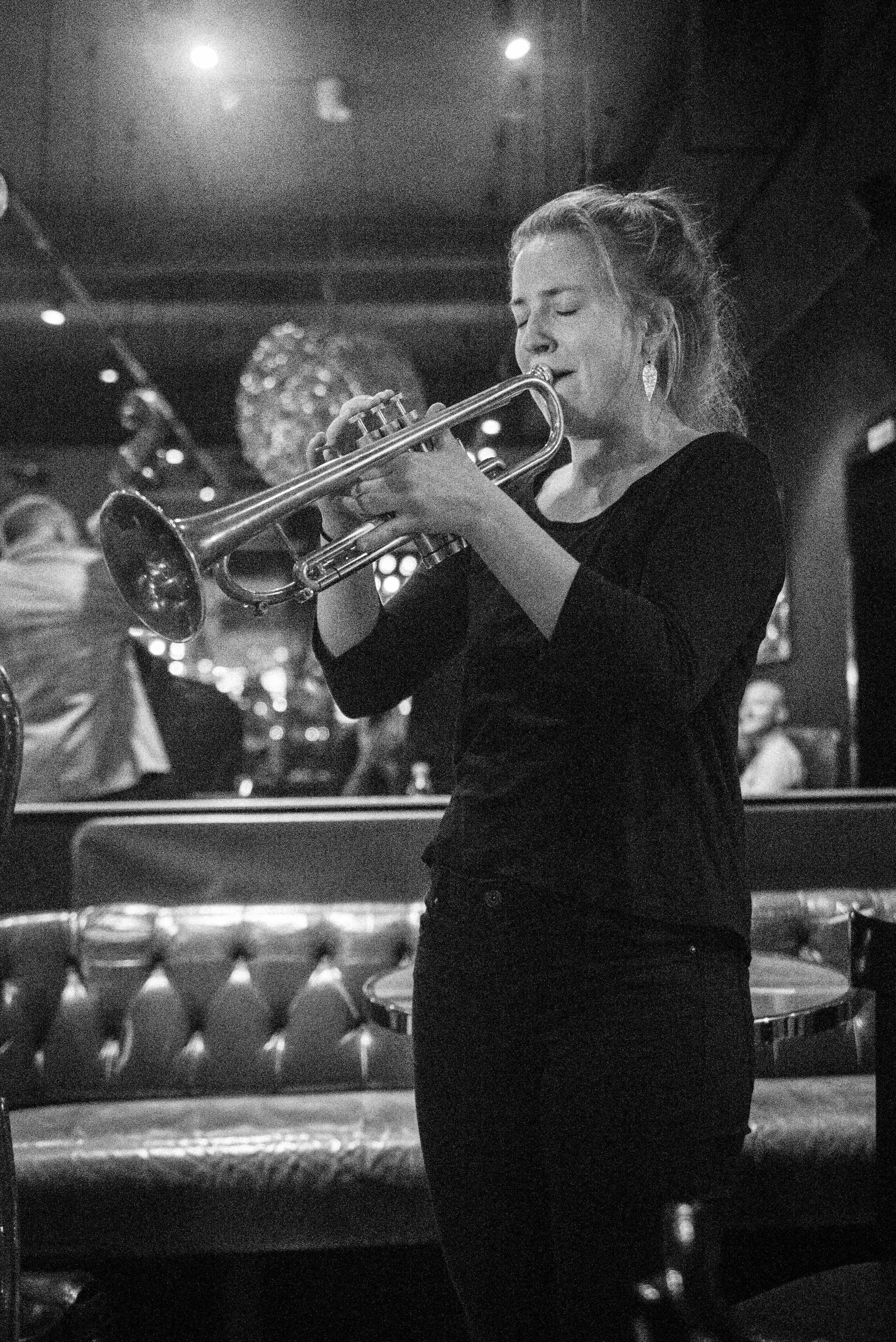 Jazz Zurich Cafe Black-23