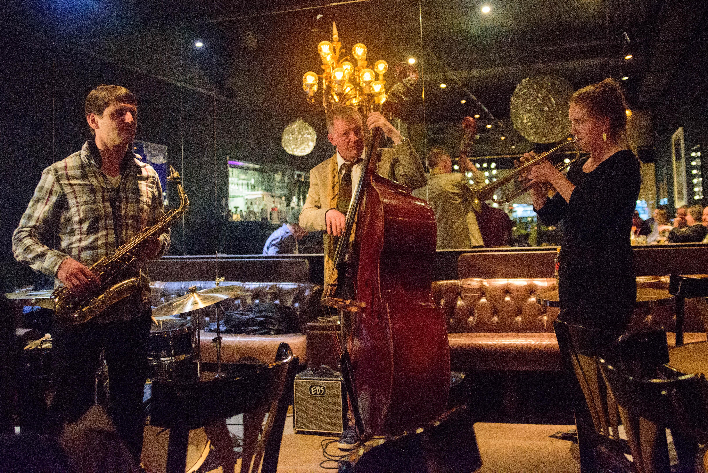 Jazz Zurich Cafe Black-8