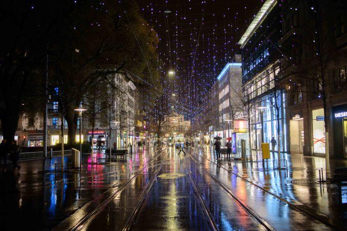 christmas lights bahnhofstrasse-2