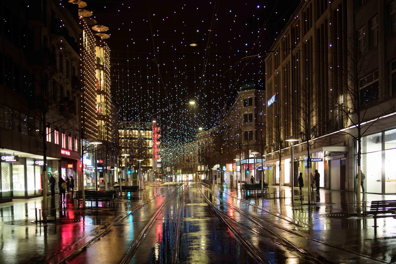 christmas lights bahnhofstrasse-4